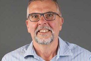 Staff profile picture for: Robin Bown