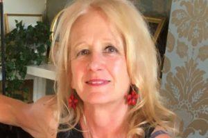 Staff profile picture for: Julie Paterson